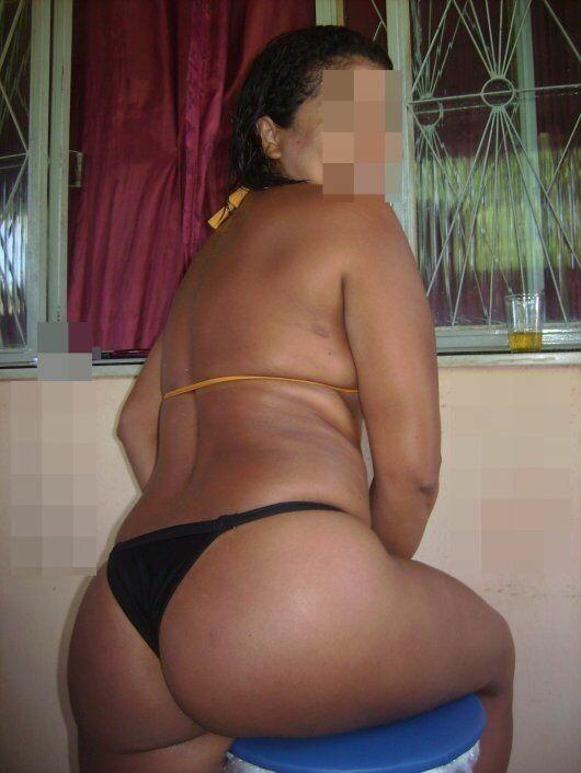 花圈美味在色情图片显示她的 buketone-9