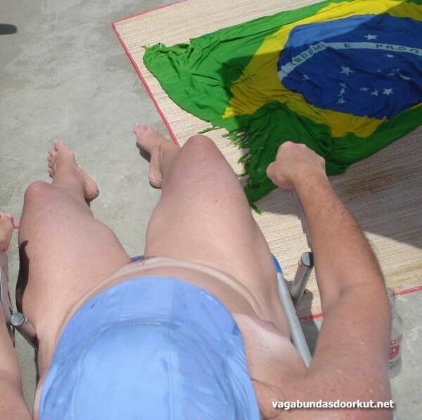 фатаграфіі голай кароны на пляжы-14