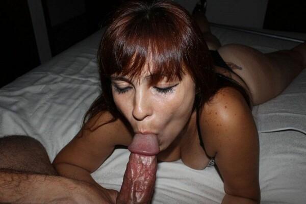 女朋友支付一个精彩的口交-11