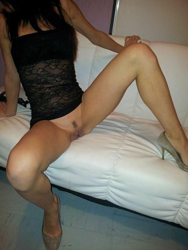 Novinha gostosa fazendo sexo anal