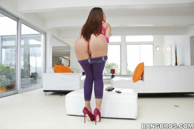 bangbros-latina-hot-taking-fucking-bath-on-boobs-4-scaled